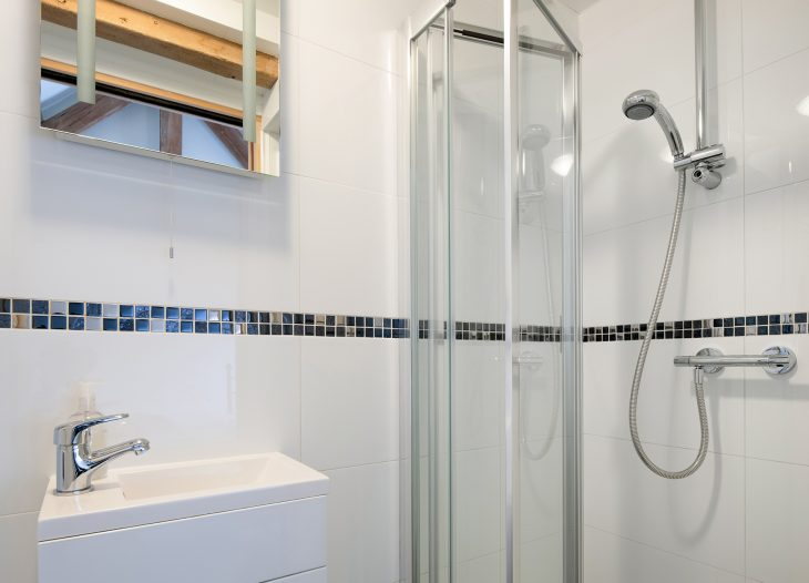 Ensuite shower room, The Cow Shed